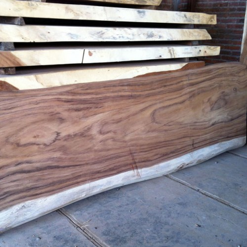 Tree slab furniture