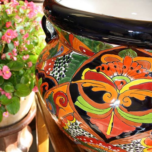 talavera planter up close
