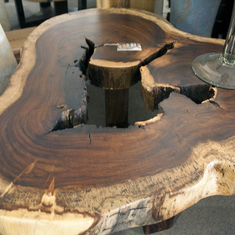 foreign accents live edge round coffee table foreign accents. Black Bedroom Furniture Sets. Home Design Ideas